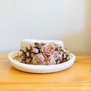 Vintage 1950s white pink floral wool hat brim